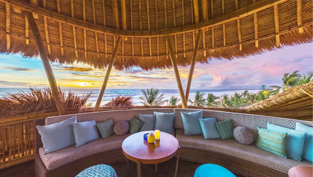 Azul Beach Club - Look Out