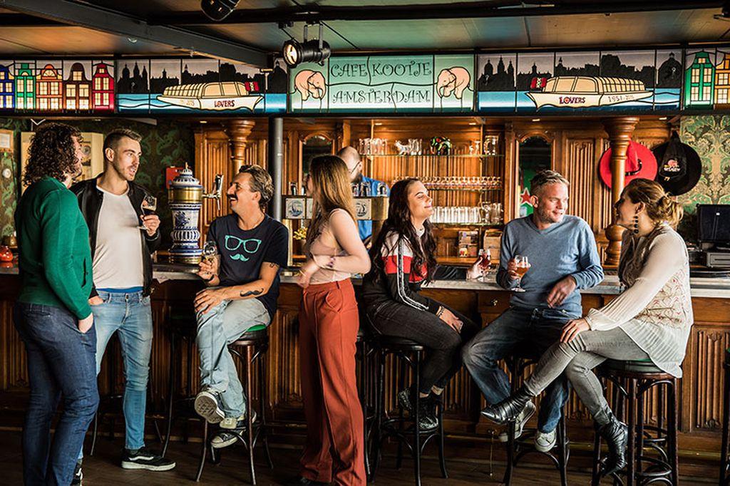 People in Café Kootje